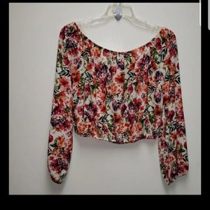 Shelly Crop Long Sleeve Top